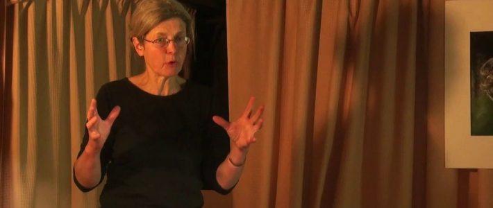 Janine Kievits: L'abeille entre mythes et réalités