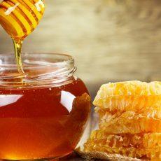 Pourquoi une bonne partie du miel que vous achetez n'est pas du vrai miel
